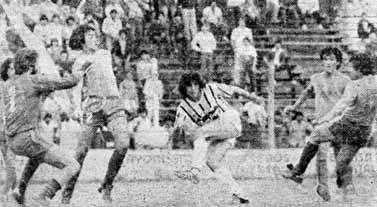 1983 Pipa Horacio Dalesandre .Partido vs. San Telmo en la Isla