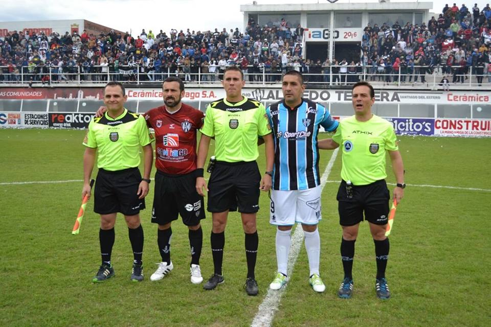 2016 - 17 - Central Cordoba SdE vs Almagro - Capitanes