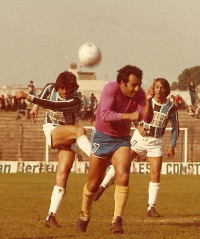 Año 1982 . Se ve a Gadea y Luciano Lele Figueroa atras